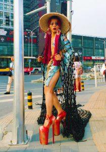 artista chino trajes